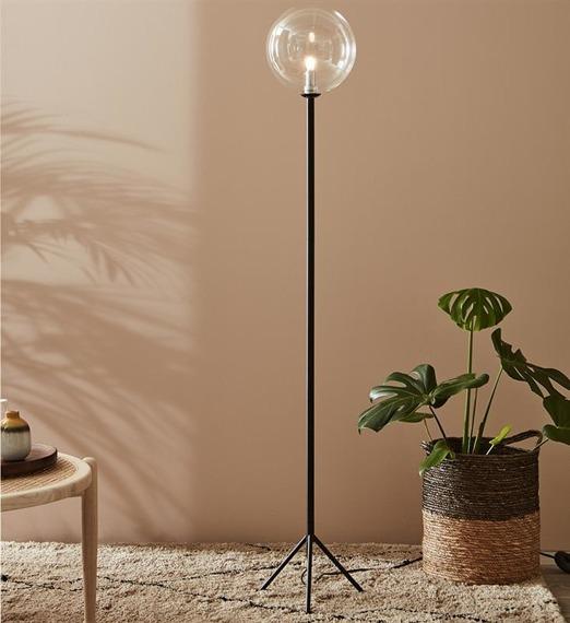 Lampa stojąca ze szklanym kloszem Andrew 107750 Markslojd